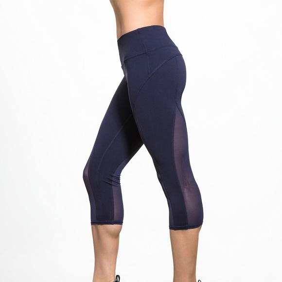1e2ef955ad ALO Yoga Pants   Equalize Capri Crops Mesh Navy Blue W41   Poshmark